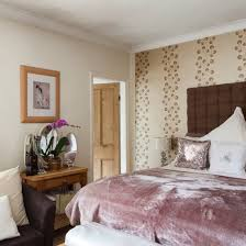 Purple Bedroom Feature Wall - bedroom ideas designs and inspiration bedrooms traditional