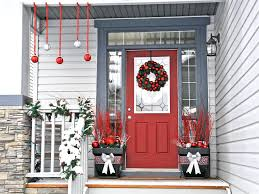 Hgtv Christmas Decorating by 8 Easy Front Porch Holiday Decorating Ideas Hgtv Fancy Christmas