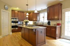 Maple Wood Kitchen Cabinets Medium Stained Glazed Maple Traditional Kitchen Atlanta By