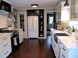 joyce u0027s black u0026 white kitchen hooked on houses
