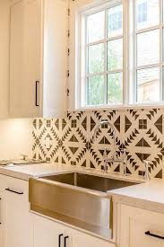 KItchen Cooktop With Black And White Cement Circle Backsplash - Cement tile backsplash