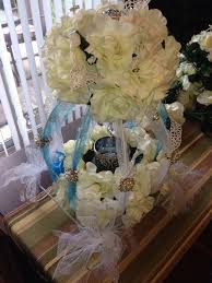 Cinderella Carriage Centerpieces by 41 Best My Quinceañera Centerpieces Bouquets Decorations Images On