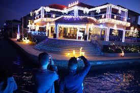 win a mandurah christmas lights cruise experience perth