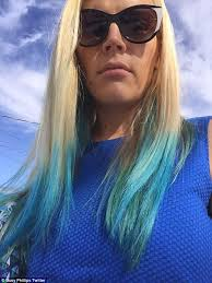 popular hair styles for 35 year olds busy philipps debuts colourful dip dyed hair while leaving the