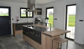 table haute cuisine bois superb cuisine blanche avec plan de travail bois 14 indogate