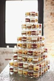 Cheap Cakes Cheap And Cool Wedding Cake Alternatives Weddingomaniaiered Stands