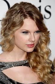 natural curly hairstyle for medium length hair pictures of curly