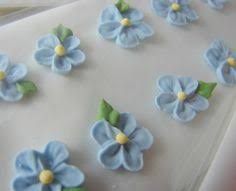 Royal Icing Decorations For Cakes Make Your Own Sugar Decorations From Leftover Royal Icing Such A