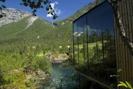 ex machina u0027daki ev aslında norveç u0027te yeşil bir otel yesil odak