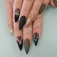 35 fearless stiletto nail art designs gold stiletto nails gold
