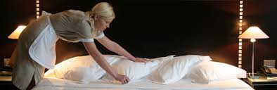 hotel recrute femme de chambre je me souviens de ma femme de ménage qui planquait la poussière sous