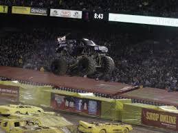 monster truck jam anaheim anaheim monster jam january 14 2012 photos and results