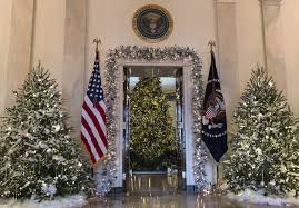 news roundup white house unveils traditional decorations