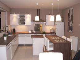 cuisine taupe awesome cuisine beige mur taupe gallery design trends 2017 avec