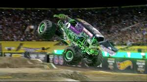 monster trucks youtube grave digger grave digger dennis anderson freestyle monster jam world finals