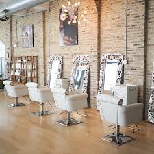 chicago makeup classes our chicago makeup studio we offer makeup classes weddings