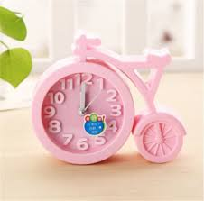 Battery Operated Desk Clock Pink Desk Or Table Clocks Part 1 Ishoppink Blog