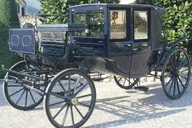 carrozze antiche cortei storici e sfilate di carrozze al centro e sul lungomare di