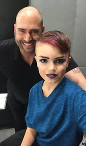 become a professional makeup artist 8 year boy wanted to learn makeup and his bought him a lesson