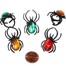 plastic spider rings cheap wearable spiders