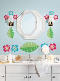 ideas for bathroom decorating theme with natural leaf and flower