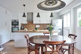 cuisine cote maison une cuisine ouverte qui modernise l intérieur un projet signé adc