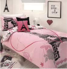 create romantic atmosphere with paris bedroom decor atzine com