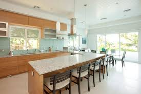 levrette cuisine cuisine implantation cuisine avec bleu couleur implantation