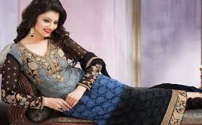 priyanka chopra pantene shoot 5k wallpapers super model urvashi rautela new wallpaper wallpapers 4k 5k 8k