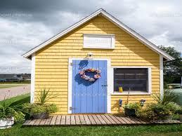 yellow exterior paint exterior paint ideas on behr exterior paint