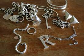 how to clean silver jewellery at home my bloggable day