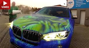 watch bmw x6 change its color when exposed to warm water