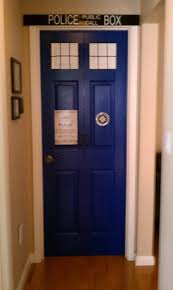 tardis bedroom tardis if i can t do a bookcase then a bedroom door might work