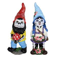 Gnome Garden Decor 233 Best Gnomes Images On Pinterest Gnome Garden Garden Statues
