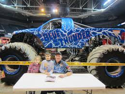 monster truck show 2013 evan and lauren u0027s cool blog 2 17 13 monster jam pit party and