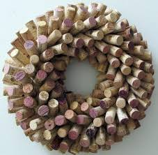 start with straw wrath and attach base of cork with wire can also