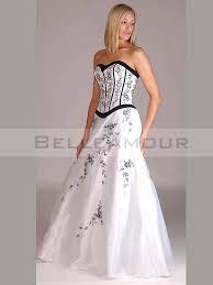 robe de mari e noir et blanc robe de mariée noir large choix de produits à découvrir