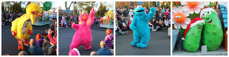 sesame place a very furry christmas the roarbotsthe roarbots