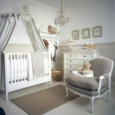 chambre bébé style baroque heavenly chambre bebe idee deco vue canap by informations sur l