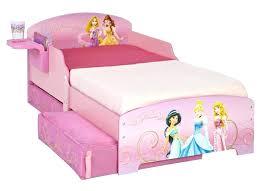 chambre princesse conforama lit princesse conforama lit de princesse lit pour tout petit