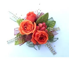 wrist corsages for prom prom delivery schofield wi krueger floral and gifts