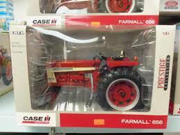 1 16hth farmall 656 toy tractor farm u0026 construction toys