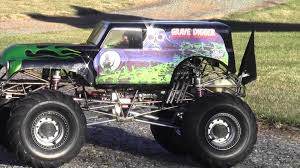 grave digger monster truck fabric 1 4 scale grave digger part 24 with stinger 609 youtube