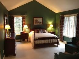 green bedroom ideas 11 forest green master bedroom s pdftop