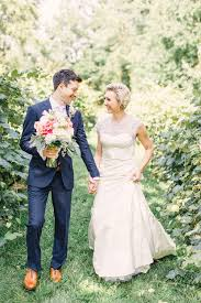 Barn Weddings In Michigan A Rustic Elegant Barn Wedding In Holland Michigan