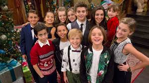Rockin Around The Christmas Tree Karaoke Download by Nickalive Tune Into Nickelodeon U0027s Ho Ho Holiday Special