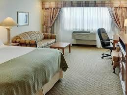 canapé king size chambre lit king size avec canapé lit inn oakville at bronte