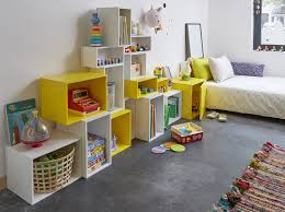 étagère chambre bébé cuisine le mobilier cubit a envahi notre loft étagère chambre bébé