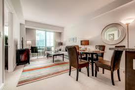 dining room at kendall college luxury apartments kendall square cambridge ma booking com