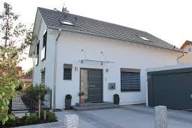 Ein Familien Haus Kaufen Fassadengestaltung Einfamilienhaus Modern Satteldach Harzite Com